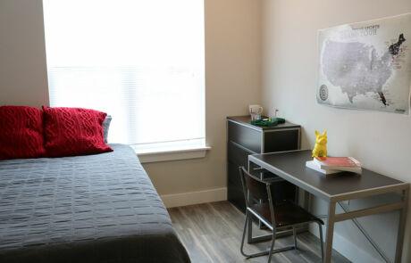 The Quarters Bloomington Bedroom