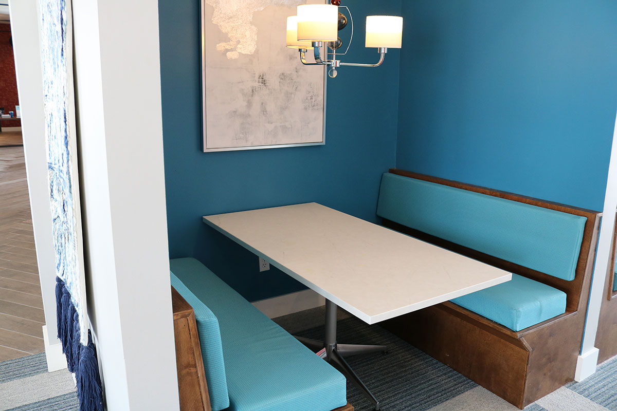 The Quarters Bloomington Study Lounge
